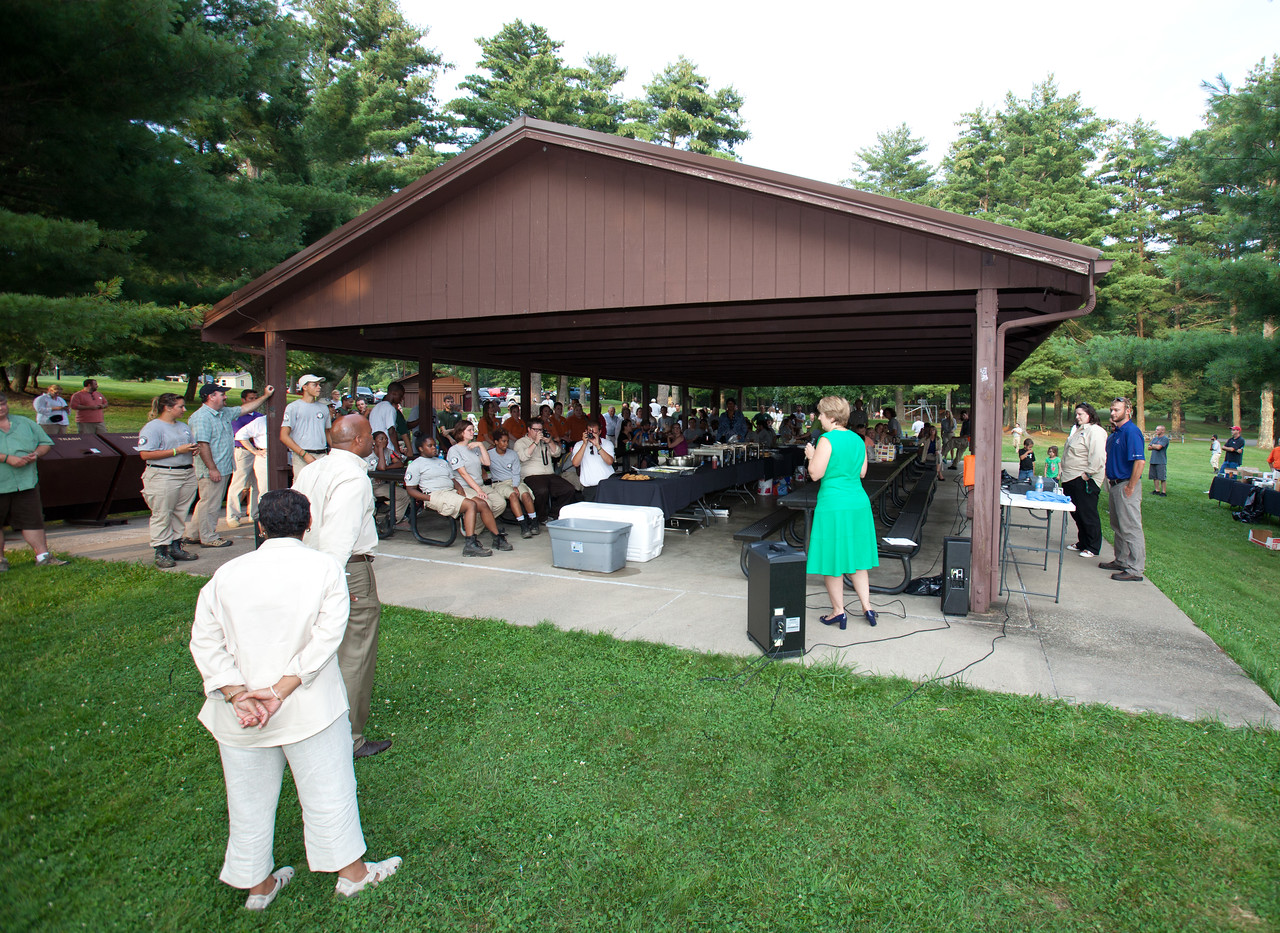 CNCS CEO, Wendy Spencer speaking to AmeriCorps NCCC members at a picnic after a day of service in West Virginia. Corporation for National and Community Service Photo.