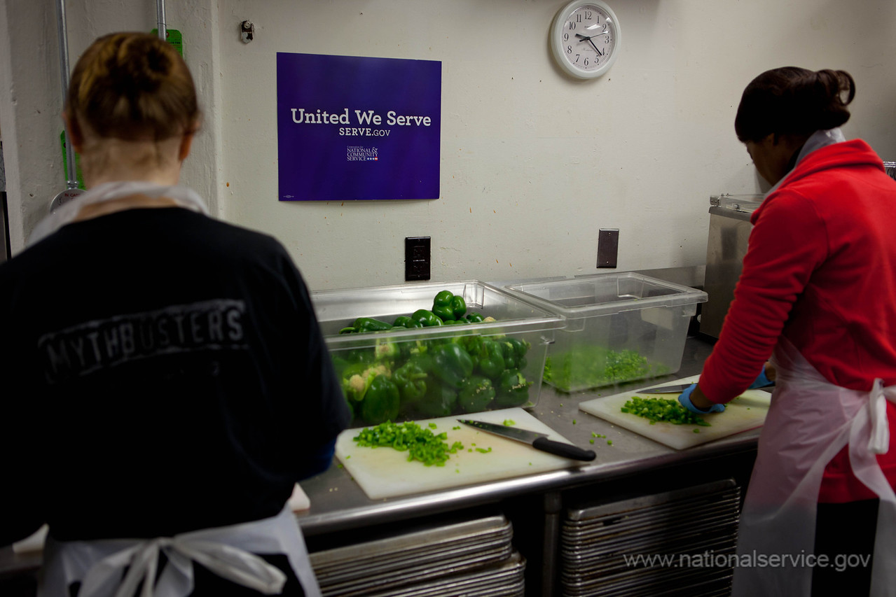 Volunteers DC Central Kitchen. Corporation for National and Community Service Photo.