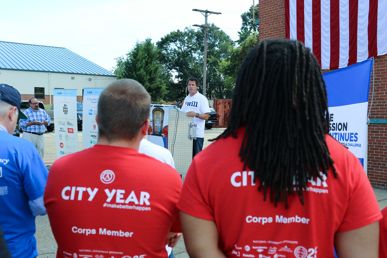 President and Co-founder, My Good Deed, David Paine speaks to volunteers and service members at the 9/11 Day of Service at the D.C. Fire and EMS training facility. Corporation for National and Community Service Photo.