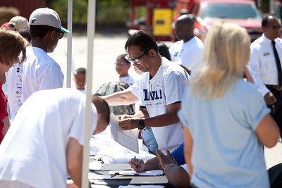 Volunteers register at the 9/11 Day of Service at the D.C. Fire and EMS training facility.  Corporation for National and Community Service Photo.
