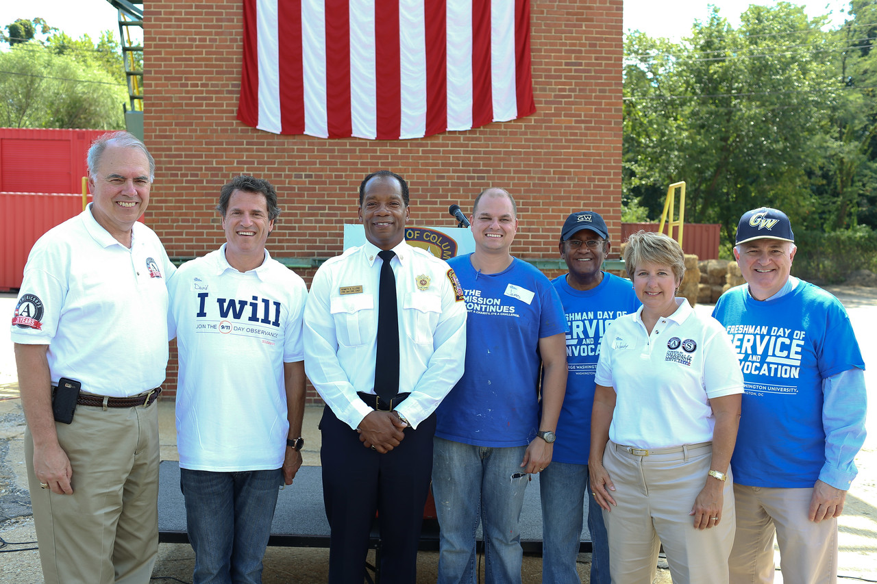 Director of AmeriCorps, Bill Basl,President and Co-founder, My Good Deed, David Paine, D.C. Fire Chief, Kenneth Ellerbe, Service Projects Associate, The Mission Continues, James Casey, CNCS CEO, Wendy Spencer. Corporation for National and Community Service Photo.
