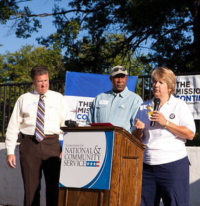 CNCS CEO, Wendy Spencer speaking to volunteers who came out to clean-up and refurbish an apartment complex in northeast Washington, D.C. Corporation for National and Community Service Photo.