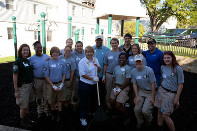 (L-R) AmeriCorps members and CNCS CEO, Wendy Spencer, U.S. Trade Representative, Ron Kirk, CNCS Chief of Staff, Asim Mishra and CNCS Senior Advisor Koby Langley, Veterans and Military Families. Corporation for National and Community Service Photo.