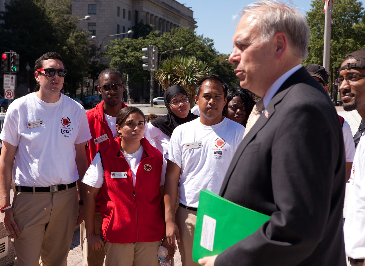 Director of AmeriCorps, Bill Basl speaking with City Year members. Corporation for National and Community Service Photo.