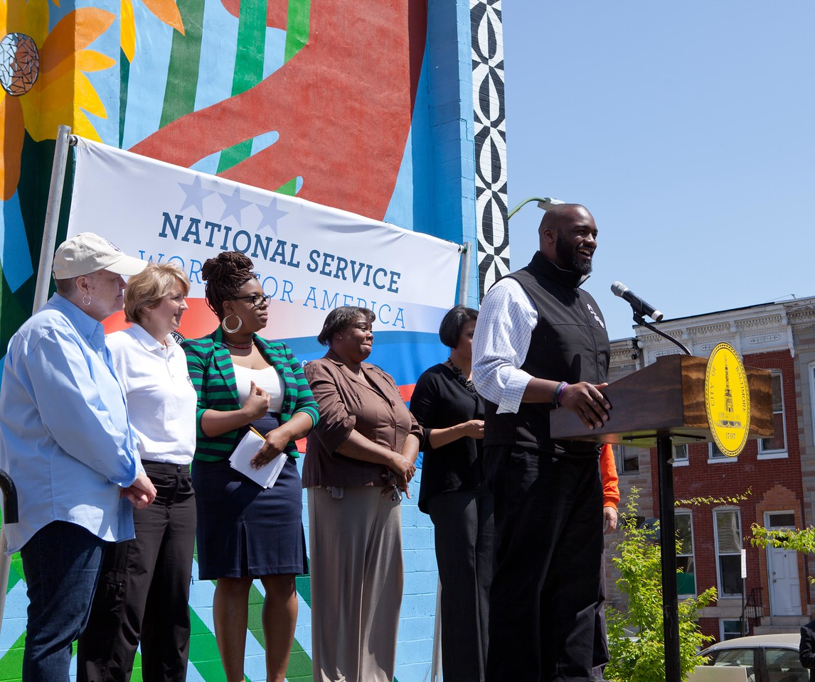 Joe Briggs of the NFL Players Association addresses the crowd at the Service Bowl in Baltimore, MD. Corporation for National and Community Service Photo.