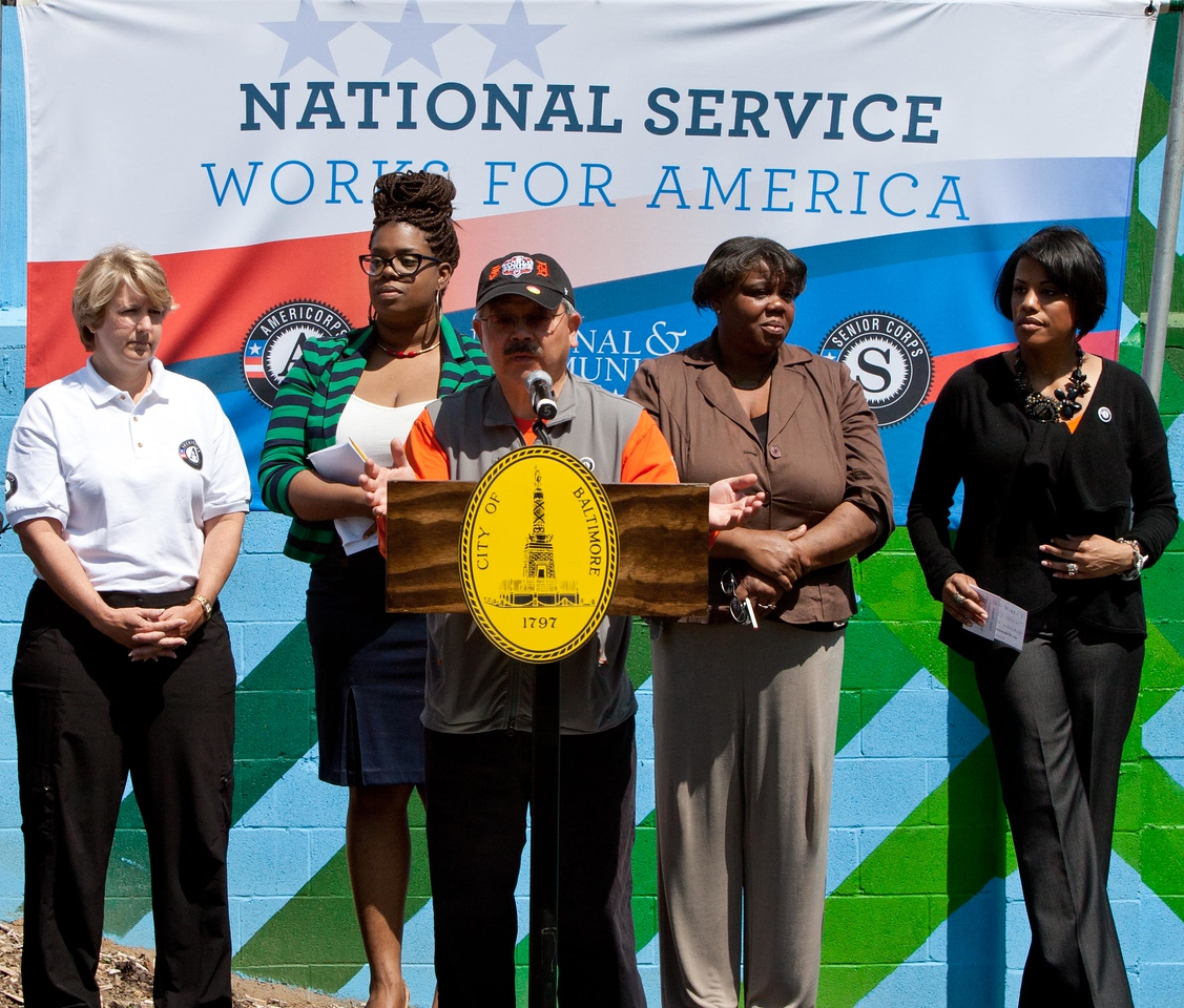 Mayor Edwin M. Lee of San Francisco speaks at the Service Bowl in Baltimore, MD, flanked by CNCS CEO Wendy Spencer (far left) and Baltimore Mayor Stephanie Rawlings-Blake (far right). Corporation for National and Community Service Photo.