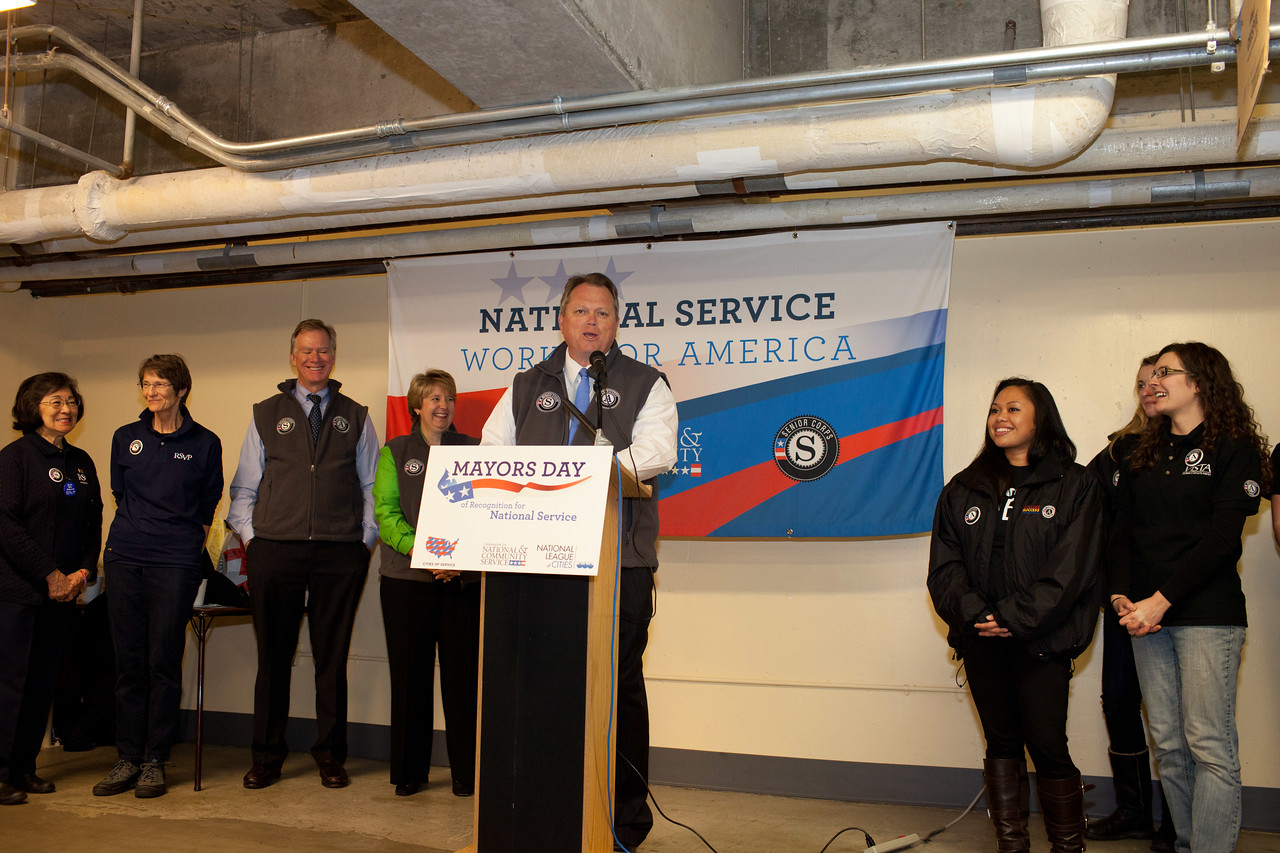 Mayor Scott Smith of Mesa, Ariz. speaks at at Pike Place Food Bank in Seattle, WA for the launch of Mayors Day of Recognition for National Service. Corporation for National and Community Service Photo.