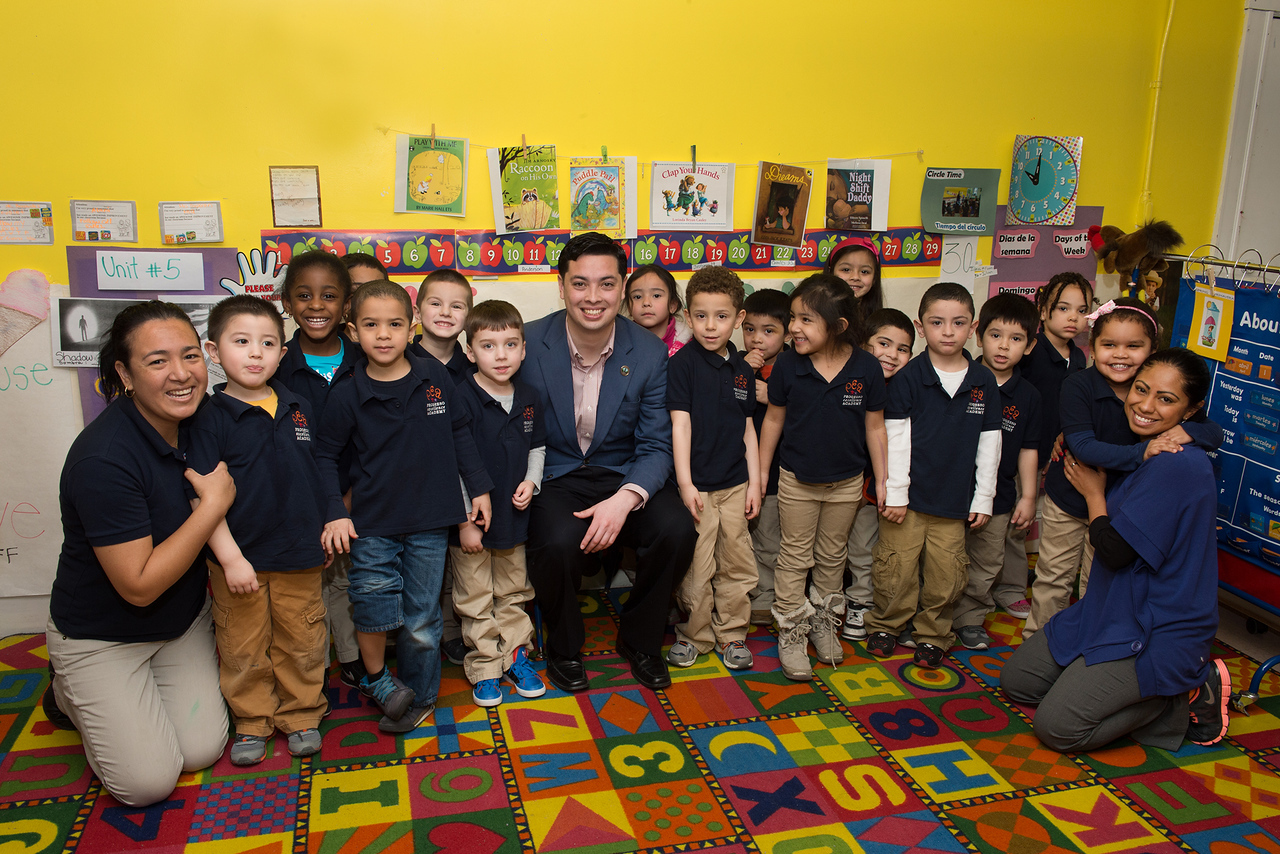 Mayor James Diossa with school children participating in Mayors Day of Recognition for National Service in Central Falls, RI on April 1, 2014. Corporation for National and Community Service Photo.