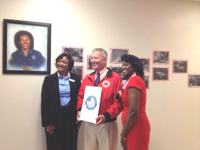 April 9th Orlando, FL Proclamation, Suzanne Richards, Mayor Dyer, Chief Service Officer Marcia Goodwin Corporation for National and Community Service Photo.