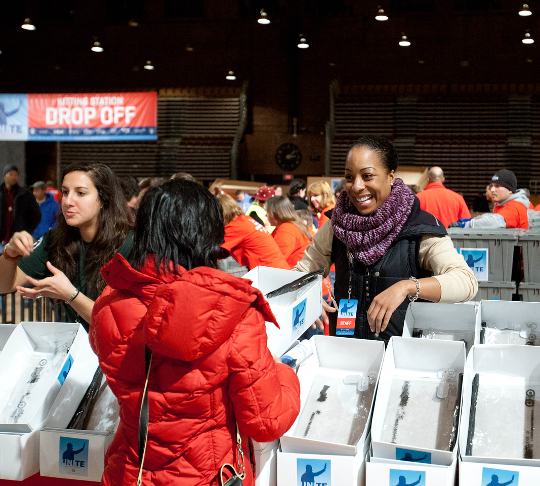 Volunteers at DC Armory - National Day of Service - MLK Day 2013.Corporation for National and Community Service Photo.
