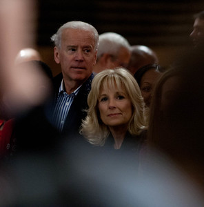 Vice President Joe Biden and Jill Biden serving at the DC Armory - National Day of Service - MLK Day 2013. Corporation for National and Community Service Photo.