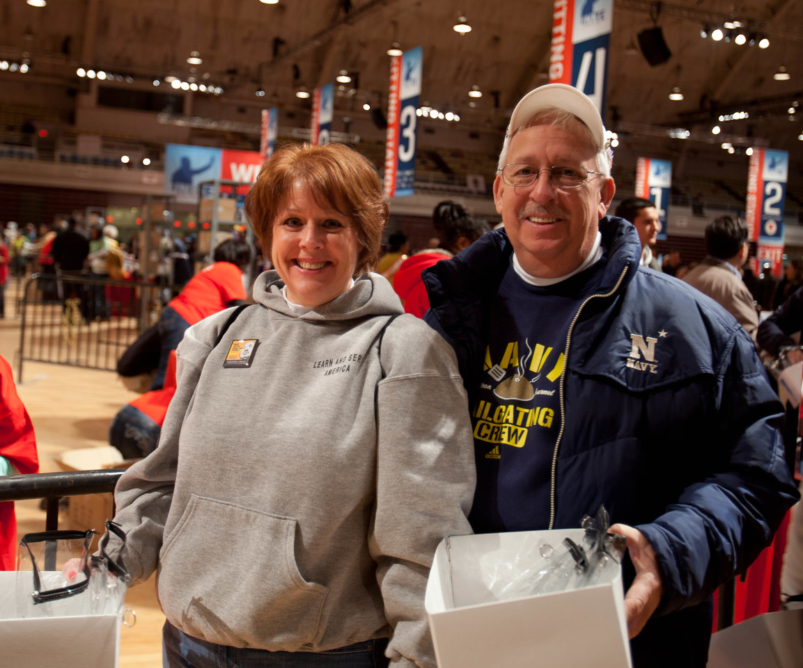 DC Armory - National Day of Service - MLK Day 2013.Corporation for National and Community Service Photo.