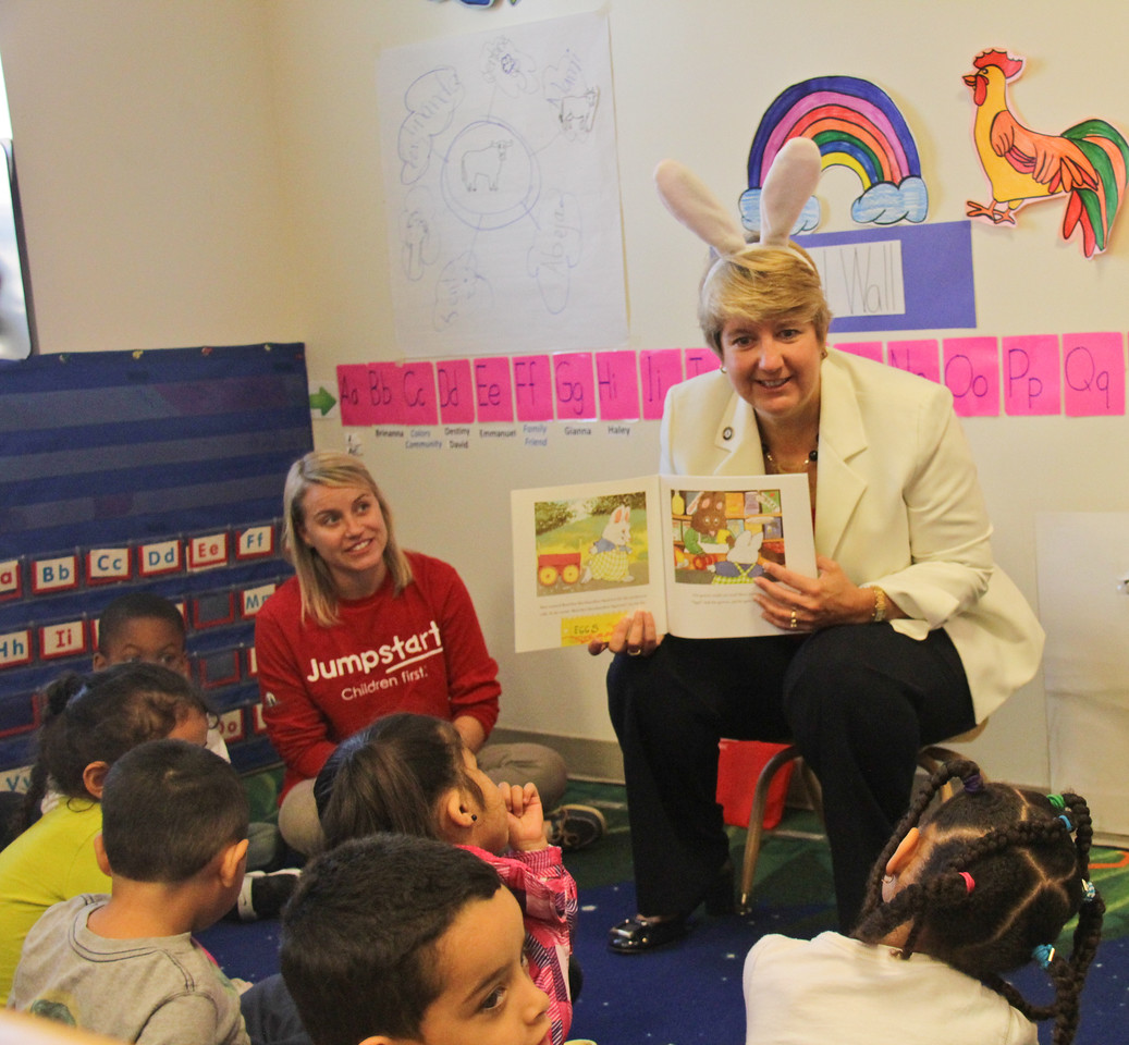 CNCS CEO Wendy Spencer reading to students at Jumpstart's ninth annual Read for the Record campaign at the Barbara Chamber Children's Center in Washington, D.C. Corporation for National and Community Service Photo.