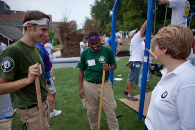 NCCC members and Corporation for National and Community Service CEO, Wendy Spencer talk at the KaBOOM build at NIH. Corporation for National and Community Service Photo.