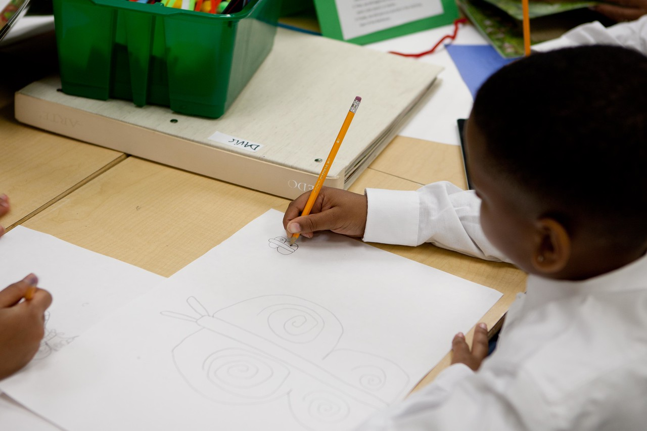 Students participate in an arts project at Miner Elementary School in Washington, D.C. Corporation for National and Community Service Photo.