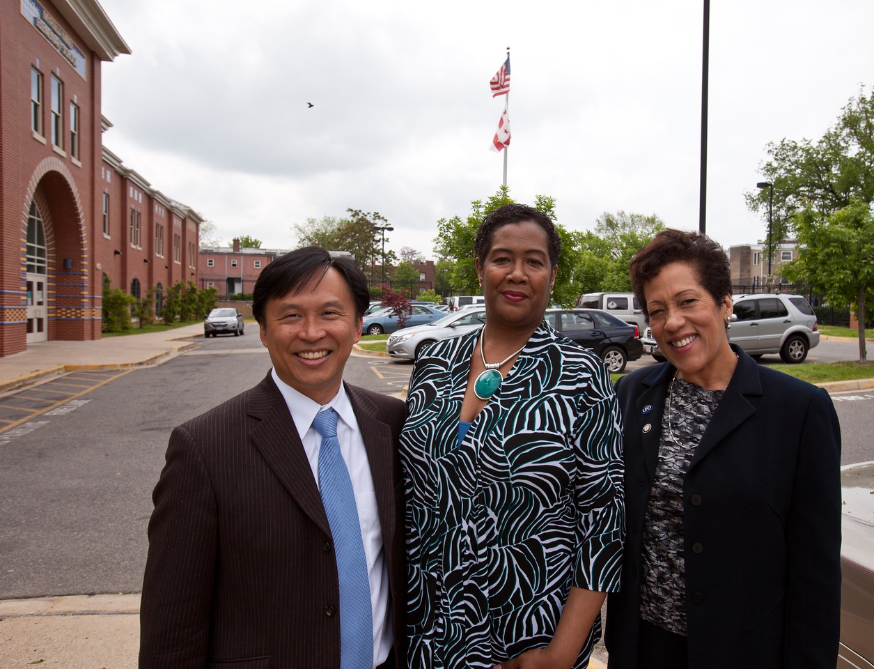 Director of Senior Corps, Dr. Erwin Tan, Principal LaVonne Taliaferro-Bunch of Miner Elementary, and FGP Program Director, Cheryl Christmas. Corporation for National and Community Service Photo.