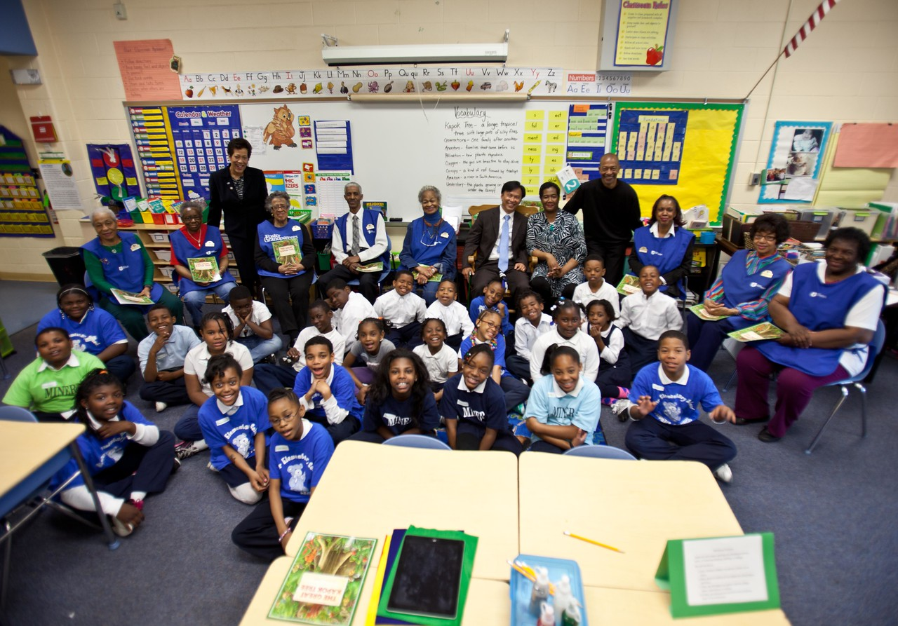 Students, Program Director, Cheryl Christmas, Director of Senior Corps, Dr. Erwin Tan, Principal LaVonne Taliaferro-Bunch of Miner Elementary and Foster Grandparents at Miner Elementary School in Washington, D.C. Corporation for National and Community Service Photo.