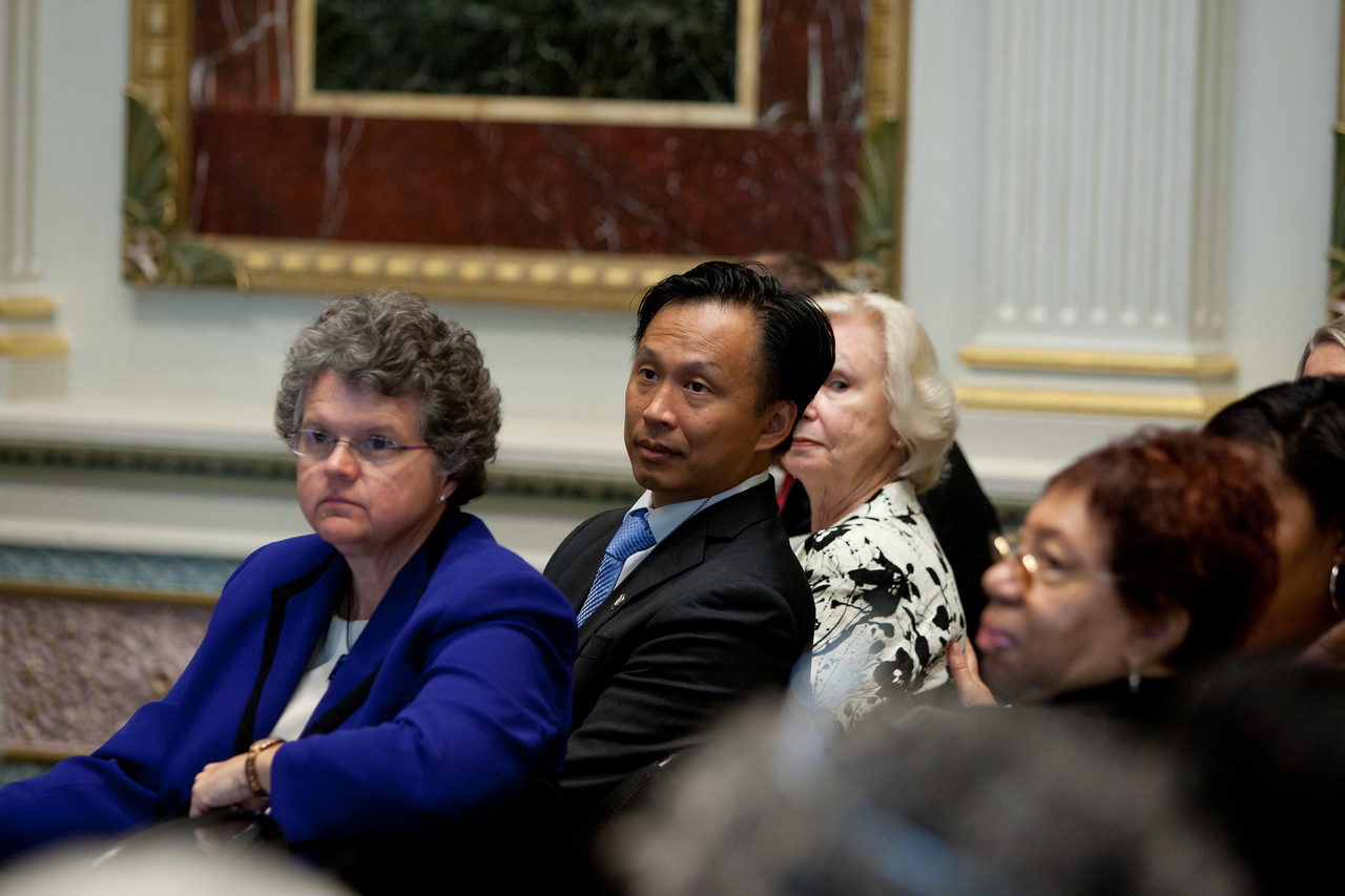 (L-R) Kathy Greenlee, Assistant Secretary for Aging, Administration on Aging (AoA), Director of Senior Corps, Dr. Erwin Tan. Corporation for National and Community Service Photo.