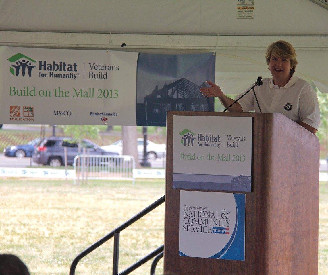 CNCS, CEO Wendy Spencer speaks to the volunteers at the Veterans Build on the Mall 2013. Corporation for National and Community Service Photo.