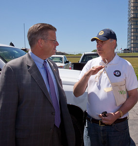 Rep. Randy Hultgren (IL) speaking with Director of AmeriCorps, Bill Basl. Veterans Build on the Mall 2013. Corporation for National and Community Service Photo.