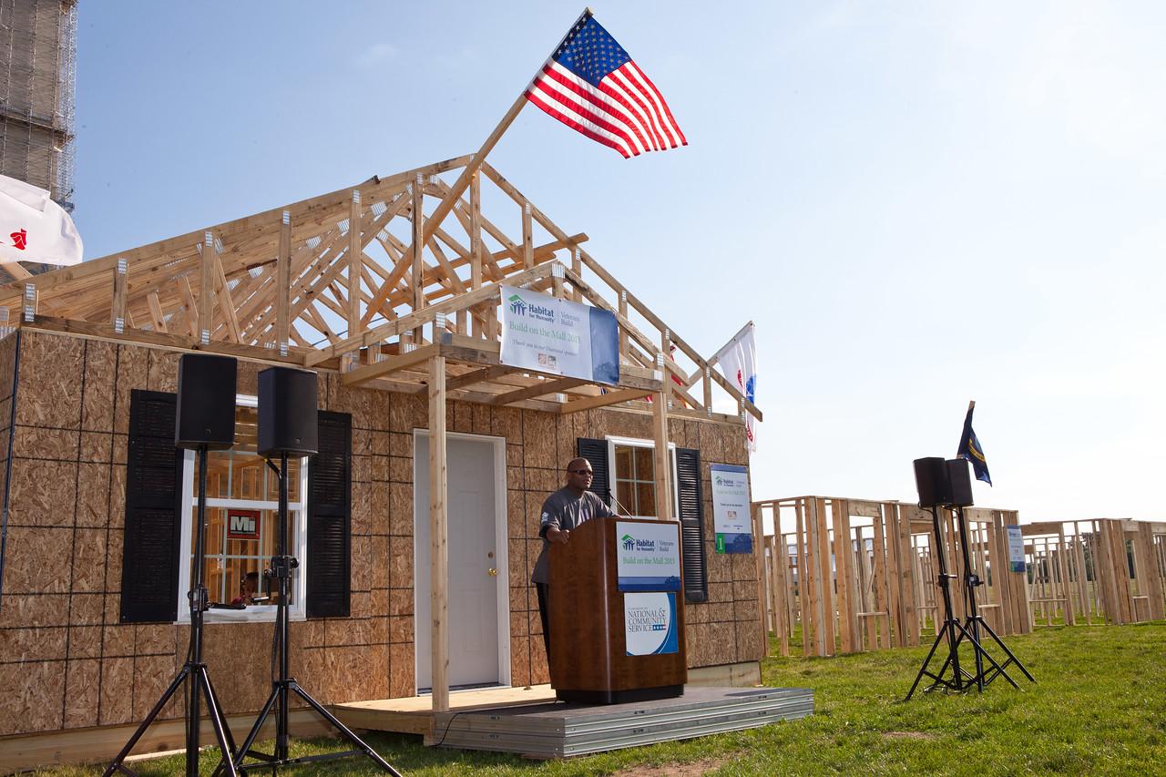 Ken Harris, Vietnam Veteran Habitat. Veterans Build on the Mall 2013. Corporation for National and Community Service Photo.