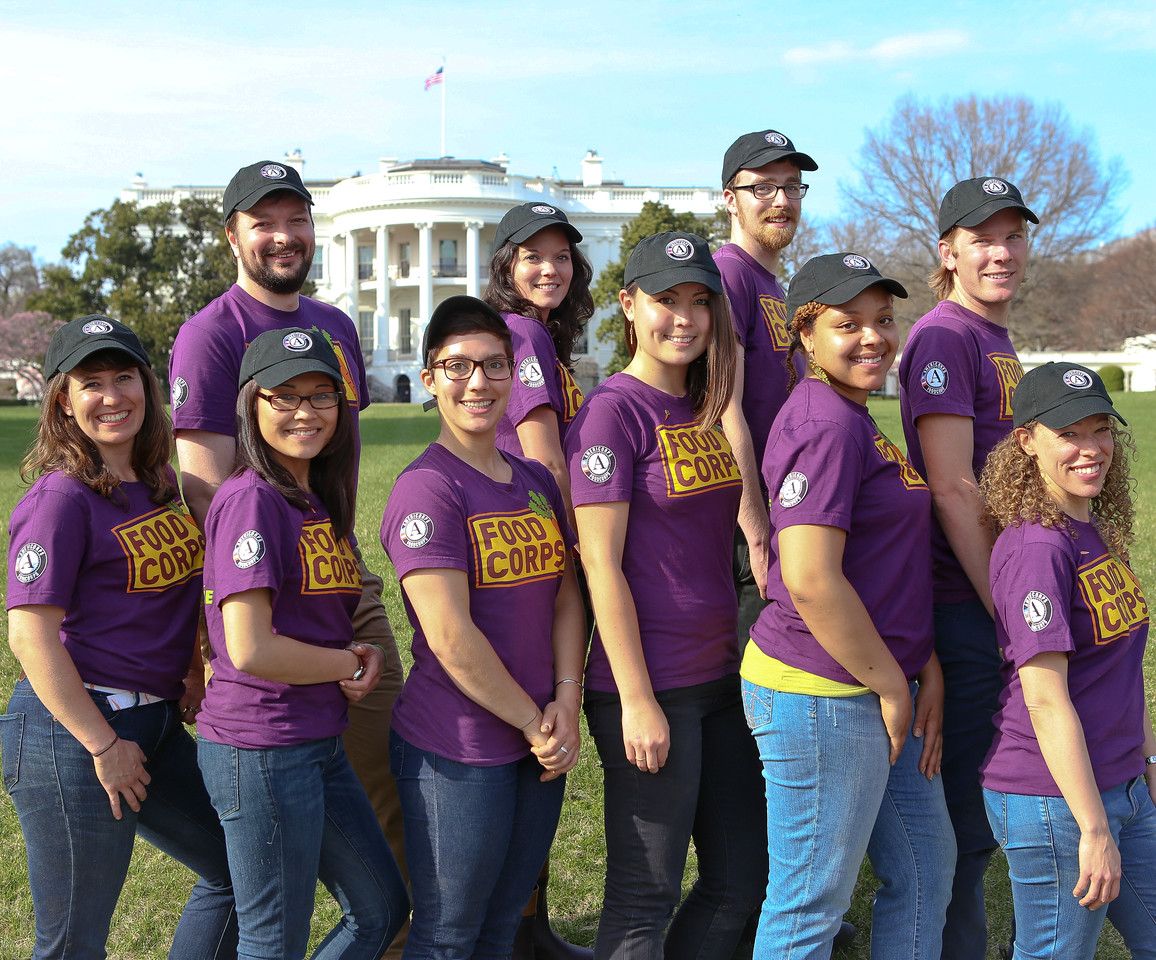 AmeriCorps members serving with Food Corps on the South Lawn of the White House. Corporation for National and Community Service Photo.