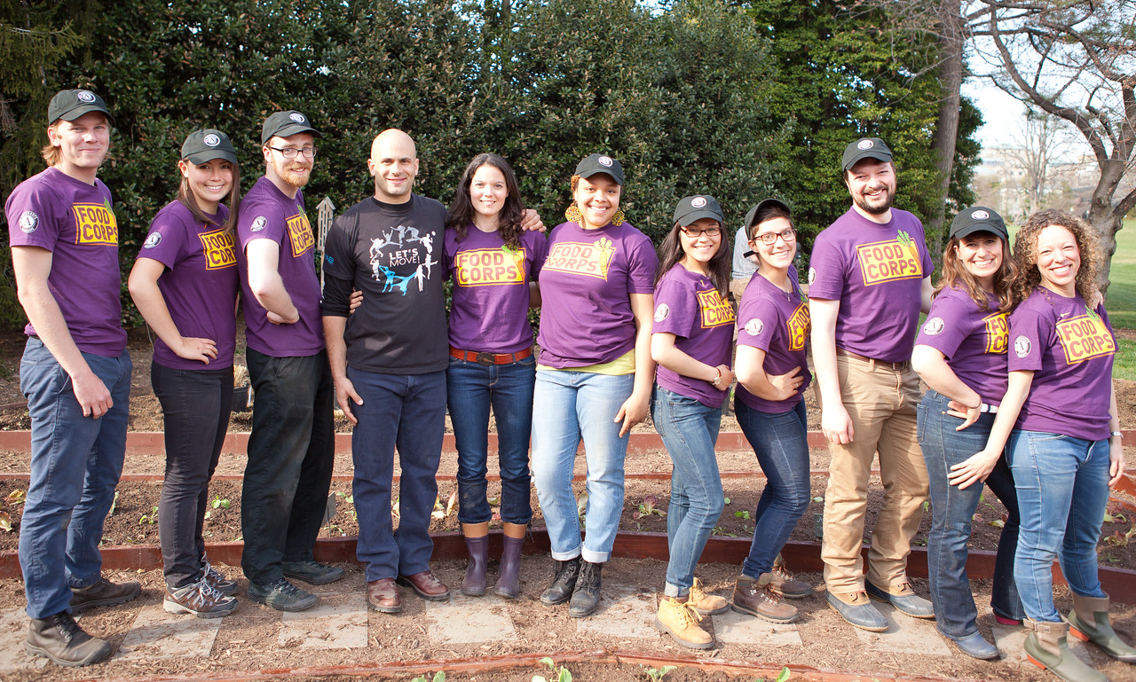 AmeriCorps members serving with Food Corps and Sam Kass Executive Director of Let's Move! and Senior Policy Advisor for Nutrition Policy at the White House. Corporation for National and Community Service Photo.