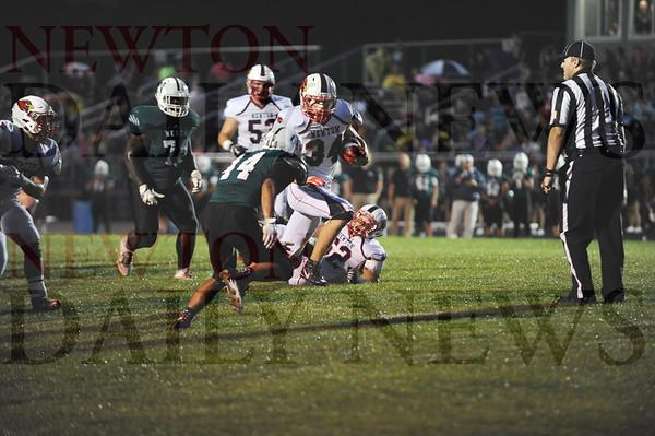 Newton fb vs. Des Moines North 9-9-2016
