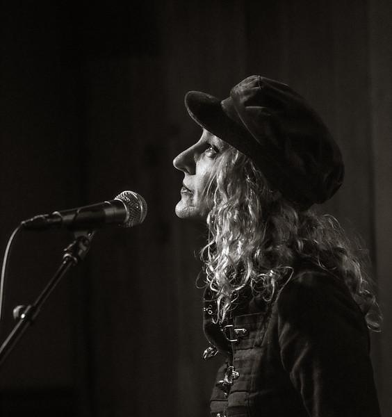 Pamela Sue Mann-Gina Lumsden Kropf