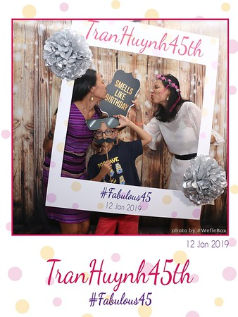 NganHuyen45-birthday-instant-print-photobooth-chup-anh-in-hinh-lay-lien-lay-ngay-Tiec-sinh-nhat-wefiebox-photobooth-vietnam-022