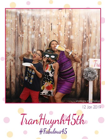 NganHuyen45-birthday-instant-print-photobooth-chup-anh-in-hinh-lay-lien-lay-ngay-Tiec-sinh-nhat-wefiebox-photobooth-vietnam-043