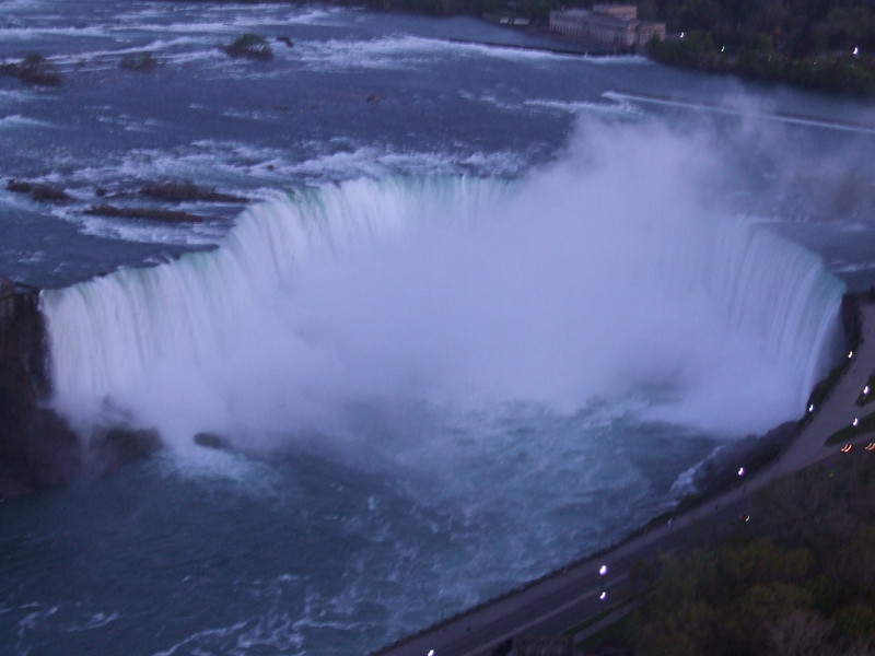 view of Horseshoe Falls from Embassy Suites