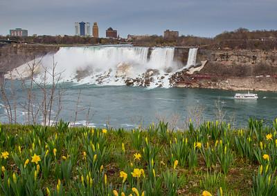 American Falls and Bridal Veil Falls, Niagara Falls, NY USA (view from Niagara Falls, Ontario, Canada)