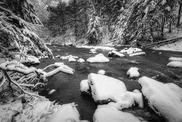 Ball's Falls in Winter - Twenty Mile Creek (2)