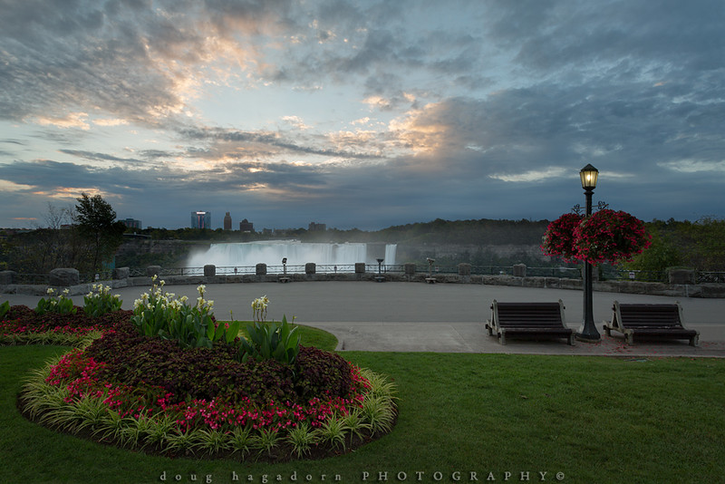 The Edge of Another Niagara Falls Day (#0619)