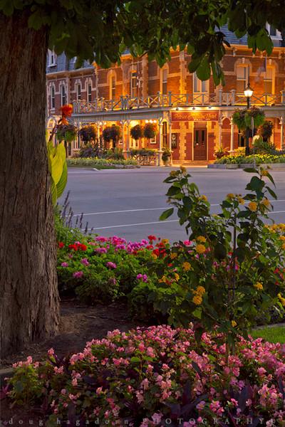 Niagara on the Lake Floral Display (#317)