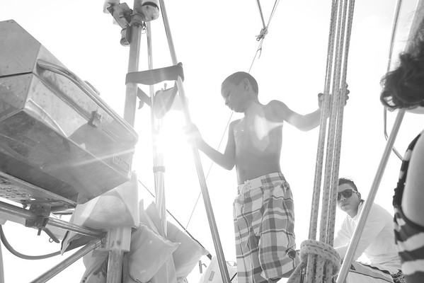 bw_150505_JameyThomas_SailingTomasito_003