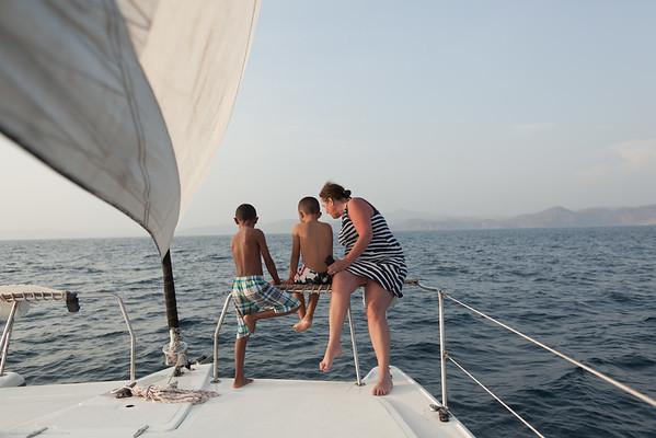 150505_JameyThomas_SailingTomasito_004