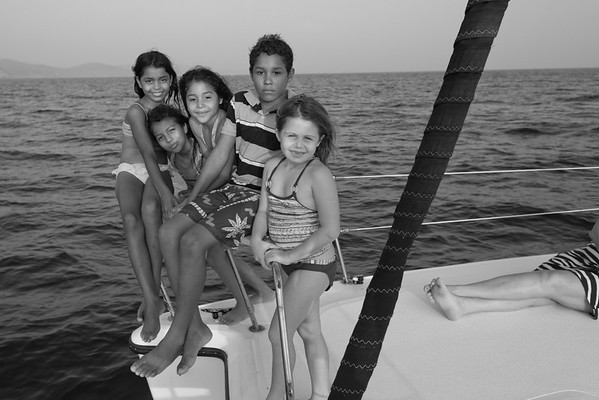 bw_150505_JameyThomas_SailingTomasito_038