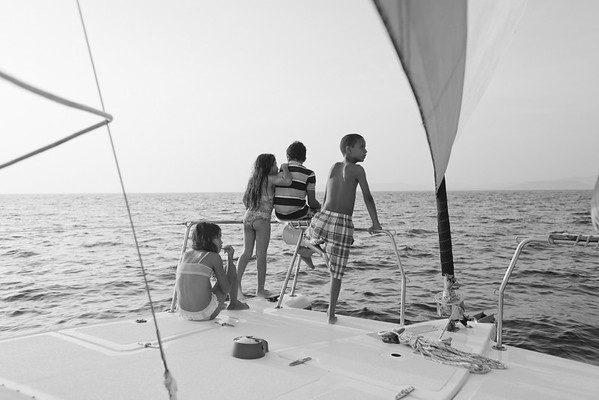 bw_150505_JameyThomas_SailingTomasito_009