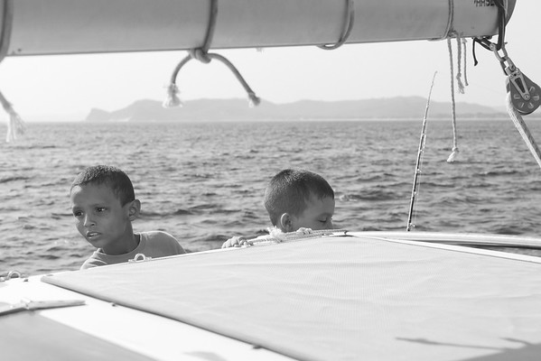 bw_150505_JameyThomas_SailingTomasito_077