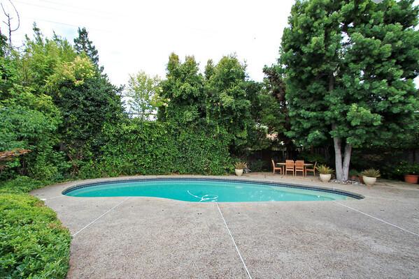 235 Ferne Ave, Palo Alto