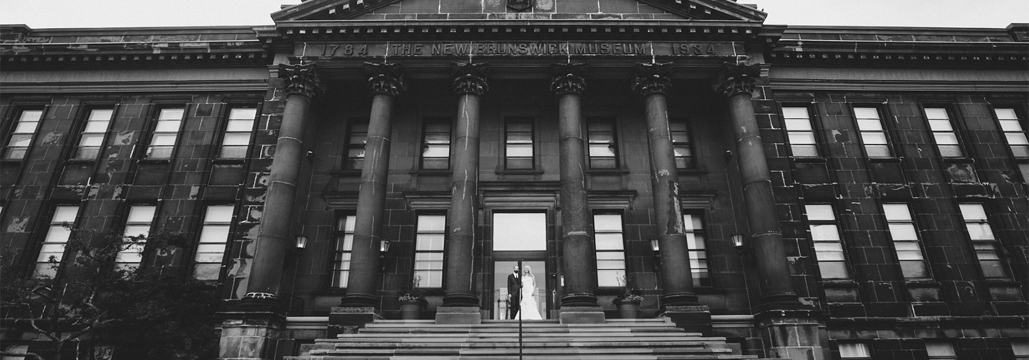 The NB museum wedding photo