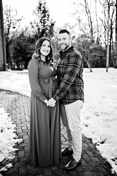 Nicole and Andrew Maternity0007