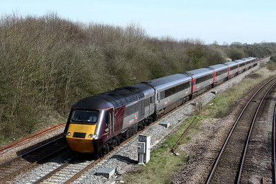 43285 43384 1v48 0810 Leeds to Plymouth pass Fairwood Jn 26 March