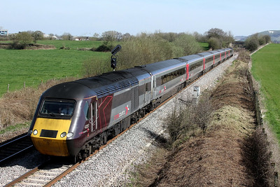 43207 43301 1v50 0900 Leeds to Plymouth pass Penleigh 26 March