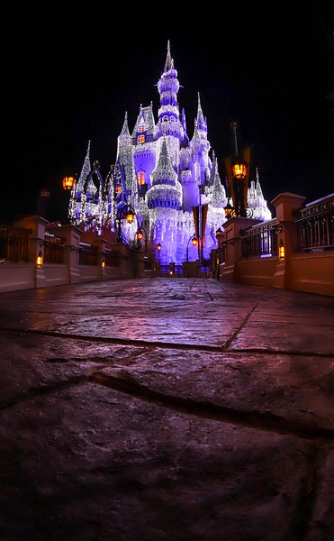 The road to the Christmas Castle