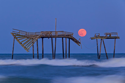 Strawberry Moon Rise