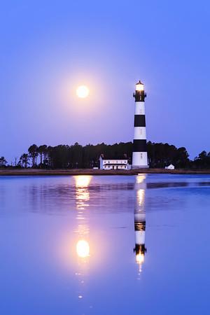 Moon Lit Dawn