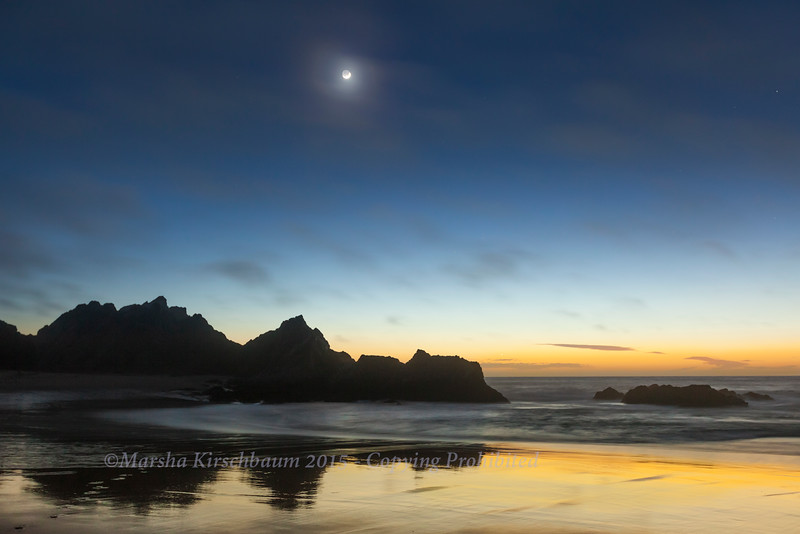 Moonset at McClure Beach